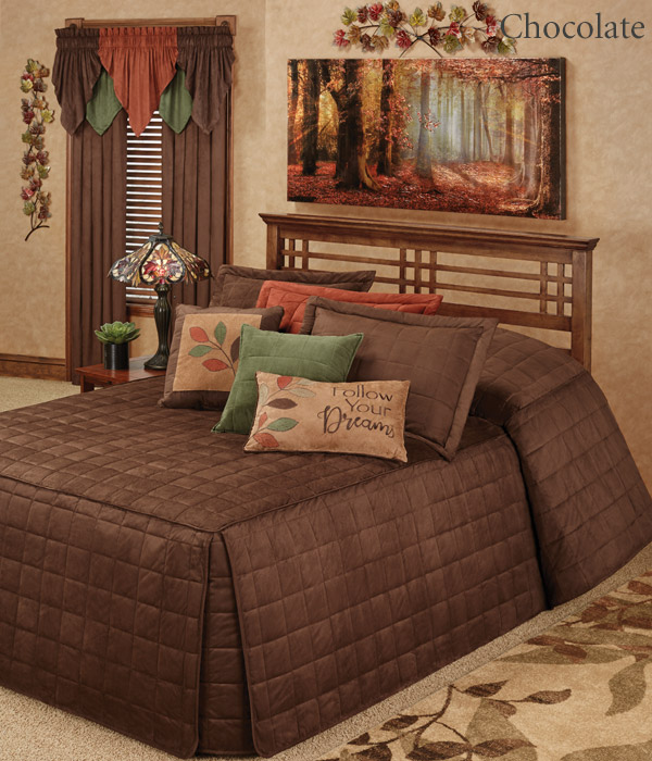 Get The Look - Camden Chocolate Brown Grande Bedspread