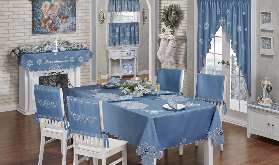 Decorating Style: Blue Christmas