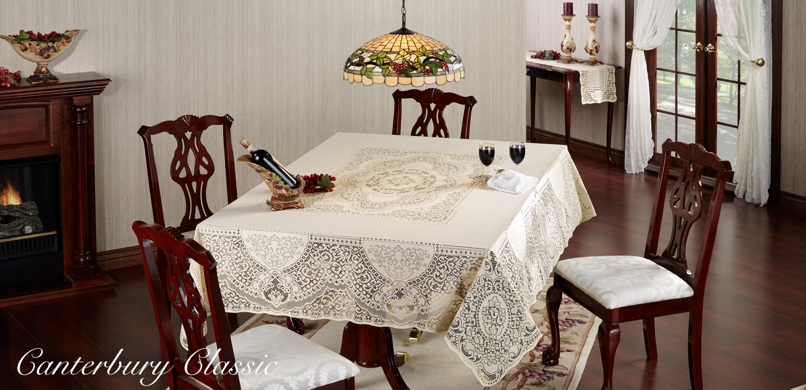 Canterbury Classic Lace Dining Room