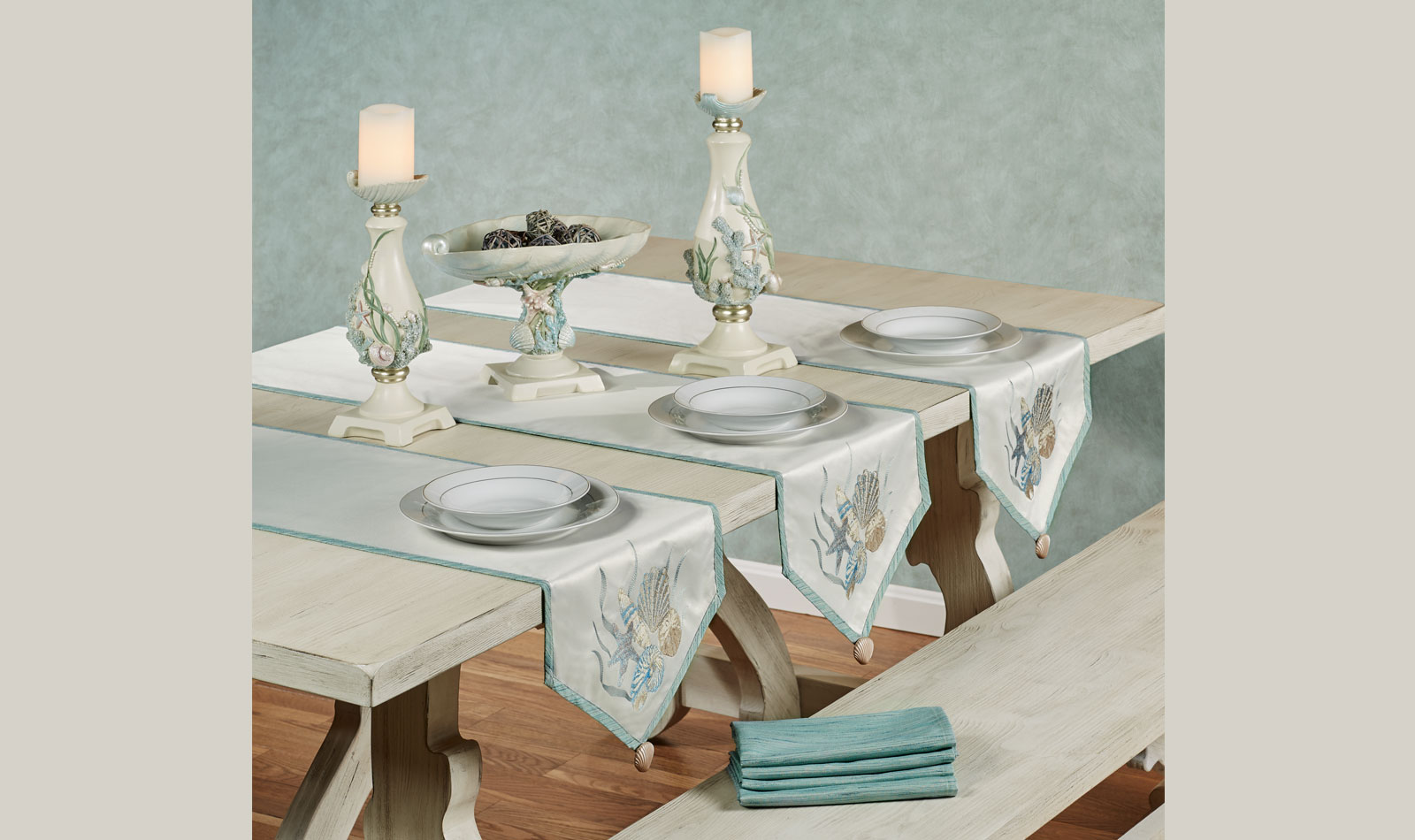 Coastal Dreams Tablescape