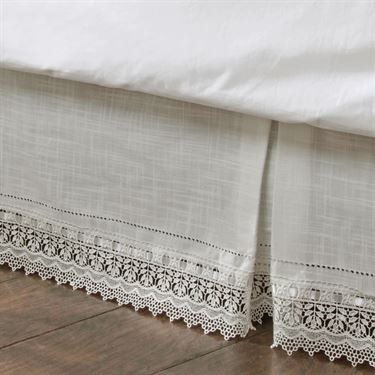 Kick Pleat Bedskirt