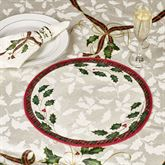 Holiday Nouveau Round Placemats Off White Set of Four