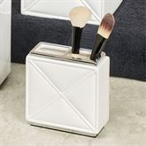 Quilt Brush Holder White