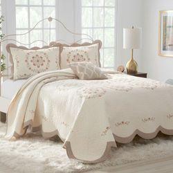 Marilyn Bedspread Light Cream