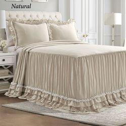 Avery Grande Bedspread Set