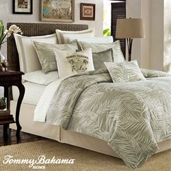 Palms Away Comforter Set Pear