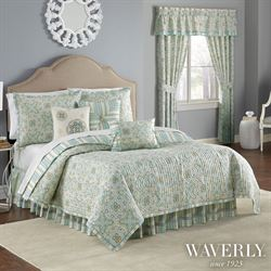 Astrid Quilt Set Pale Blue