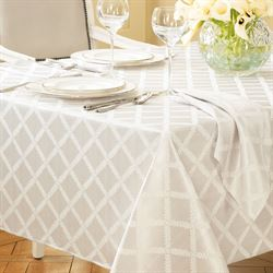 Laurel Leaf Oblong Tablecloth