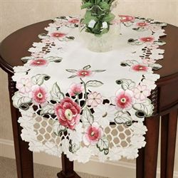 Cottage Wild Roses Table Runner Cream 16 x 36