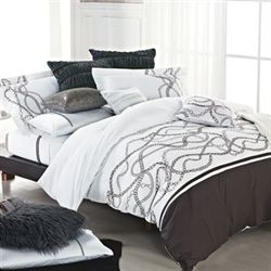 Glenward Comforter Bed Set White