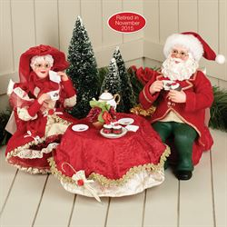 Sweethearts Clothtique Santa and Mrs Claus Red Set of Three