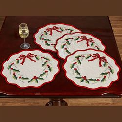Holly Wreath Round Placemats Ivory Set of Four