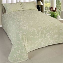 Long Branch Bedspread Pear