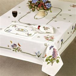 Botanic Garden Oblong Tablecloth Ivory