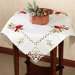 Cardinal and Holly Table Topper Ivory 36 x 36