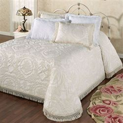Antique Medallion Grande Bedspread