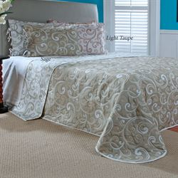 Laurel Reversible Bedspread
