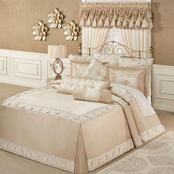 Elegante Grande Bedspread Light Cream