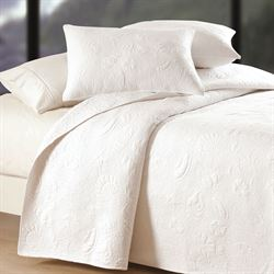 Shell Matelasse Coverlet