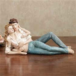 Romantic Embrace Figurine Honey