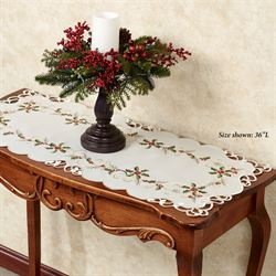 Boughs of Holly Table Runner Cream 16 x 36