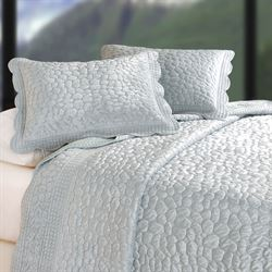 Pebbles Quilt Platinum Gray