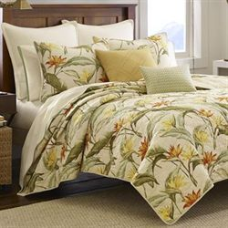 Birds of Paradise Quilt Light Cream