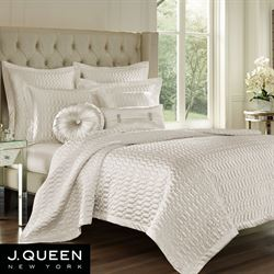 Satinique Coverlet
