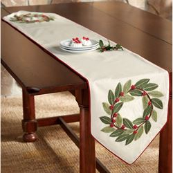 Bayberry Wreath Table Runner Light Cream 12.5 x 70