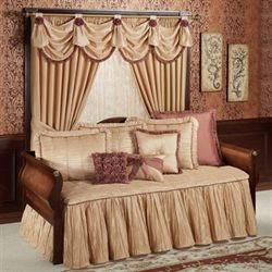Majesty Daybed Set