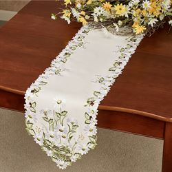 Field of Daisies Table Runner Ivory 13 x 65