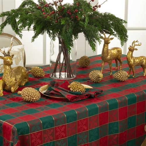Holly Plaid Tablecloth Red/Green