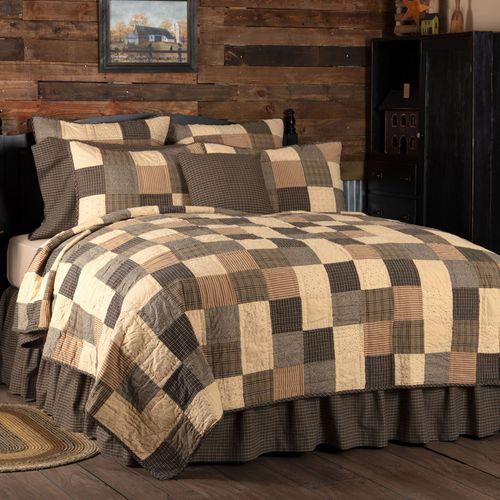 Kettle Grove Patchwork Mini Quilt Set Multi Warm