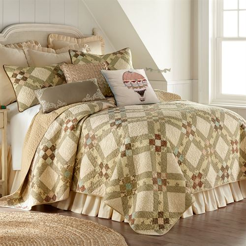 American Beauty Patchwork Quilt Multi Warm