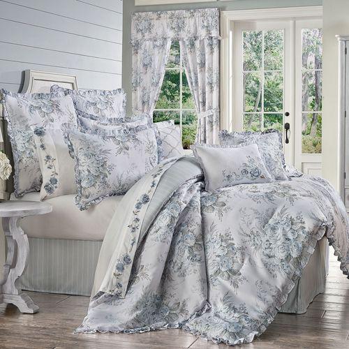 Estelle Comforter Set Pale Blue
