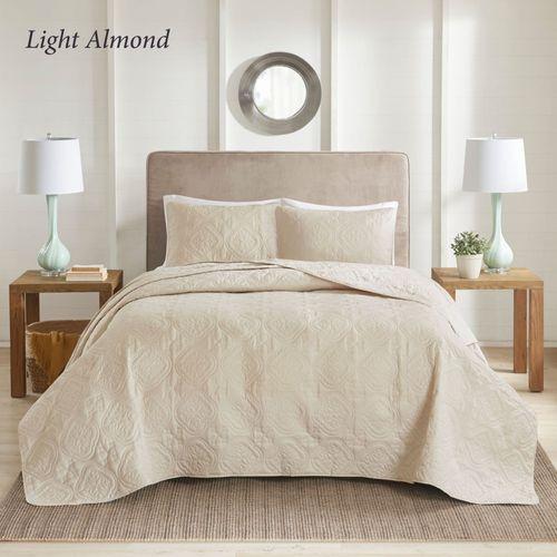 Oakley Bedspread Set