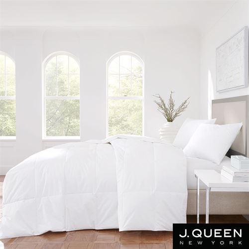 Royalty Lightweight Down Comforter White