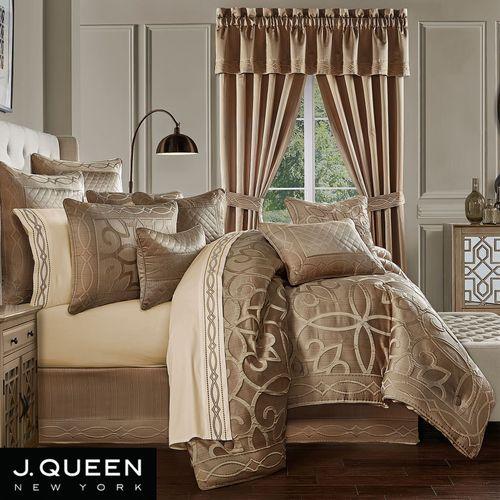 Decade Comforter Set Gold