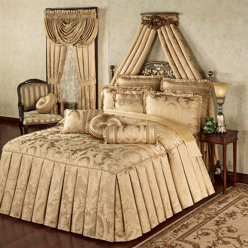 Corsica Grande Bedspread Gold