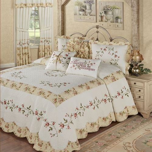 Honeysuckle Grande Bedspread Buttercream