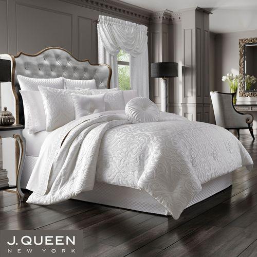 Astoria Damask Scroll Comforter Set Off White