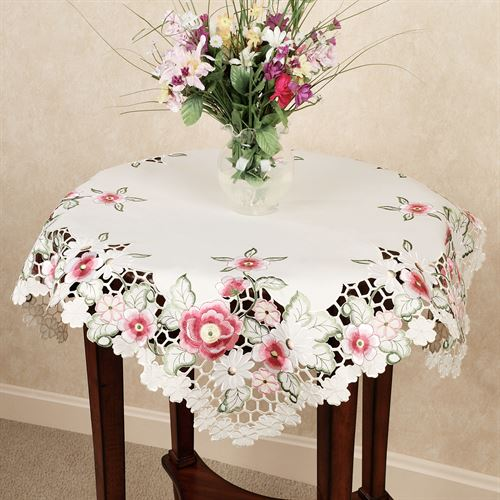 Cottage Wild Roses Table Topper Cream 36 x 36