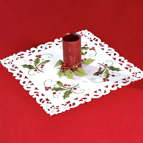 Holly and Lace Small Table Topper Green 20 Square