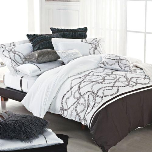 Glenward Comforter Bed Set White