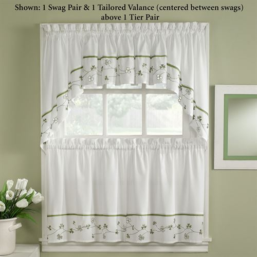 Clover Tailored Tier Pair White