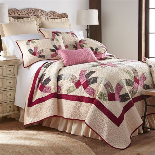 Deidre Wedding Ring Patchwork Quilt Cream