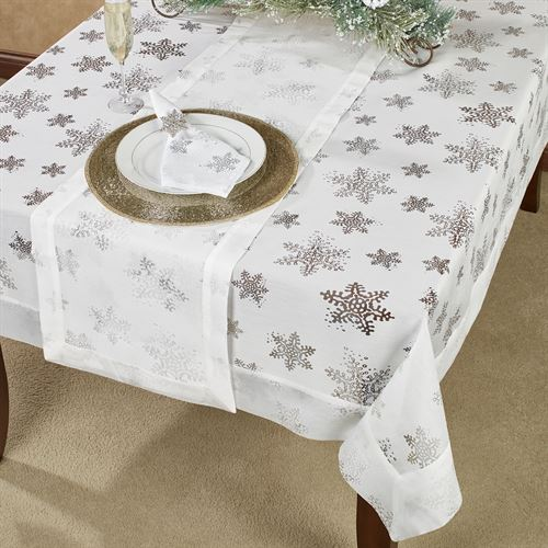 Evening Snowflake Oblong Tablecloth White