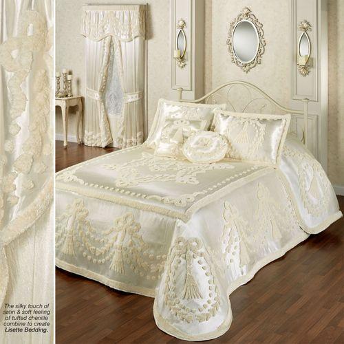 Lisette Grande Bedspread Pearl