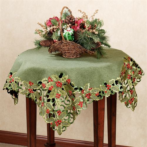 Holly Berry Table Topper Green 36 x 36