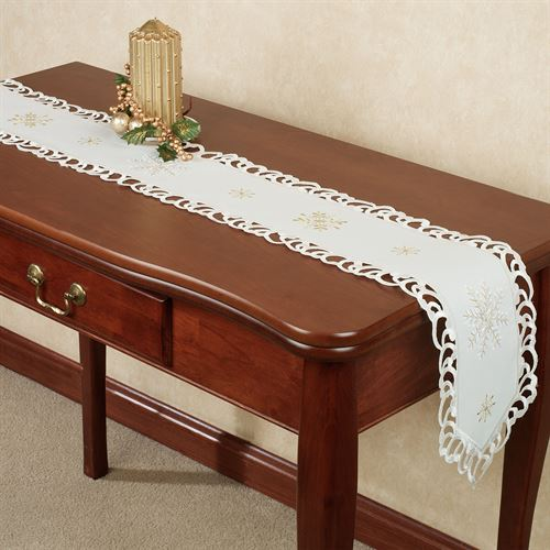 Sweet Snowflake Long Table Runner Ivory 9 x 60